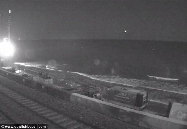 Mirror – Is this an ALIEN crash landing off the Devon coast? UFO beach footage sparks out of this world speculation